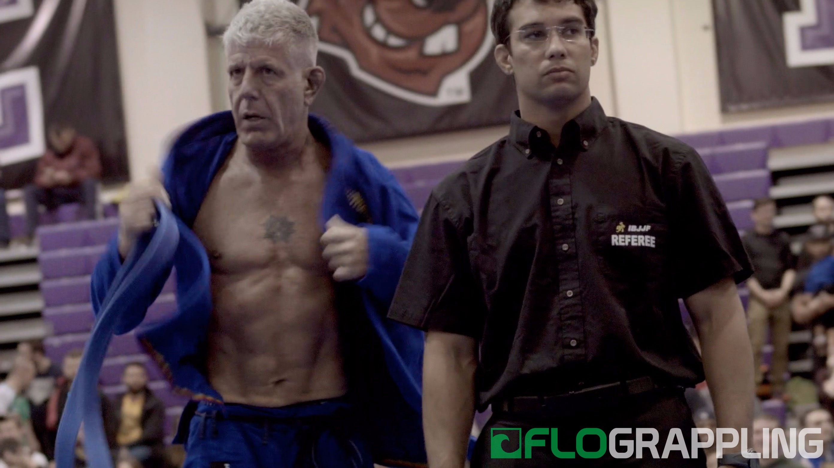02afe3925 Let's take a moment to appreciate Anthony Bourdain's abs ...